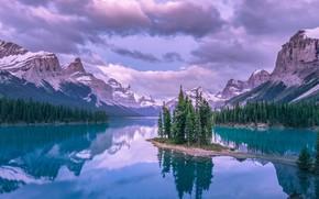 Обои небо, облака, снег, горы, озеро, Лес
