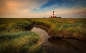 Картинка поле, трава, ручей, берег, маяк, речка, водоем