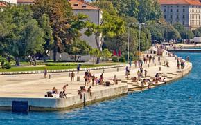 Картинка море, лето, город, люди, набережная, Хорватия, Задар