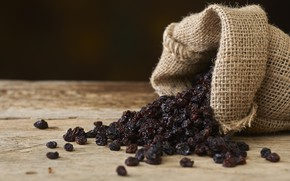 Картинка bag, table, dried grapes
