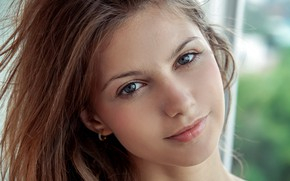 Картинка girl, brown hair, photo, model, lips, face, brunette, portrait, mouth, gray eyes, close up, looking …
