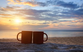 Обои море, пляж, лето, небо, закат, берег, кофе, пара, чашка, summer, двое, beach, sky, sea, sunset, ...