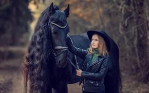 Картинка природа, животное, конь, лошадь, шляпа, куртка, девочка, ребёнок, Виктория Дубровская