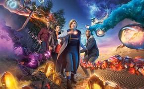 Обои песок, небо, деревья, фантастика, звёзды, кристаллы, будка, спутники, Doctor Who, Доктор Кто, TARDIS, Jodie Whittaker, ...