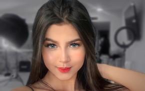 Картинка girl, model, pretty, face, brunette, look, pose, portrait, selfie, charliehgl, Mayra Belandria