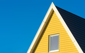 Картинка крыша, небо, дом, окно