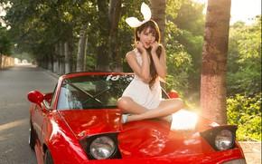 Картинка взгляд, Девушки, азиатка, красивая девушка, красный авто, Mazda MX5, позирует на капоте машины