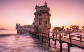 Картинка city, waves, tower, sky, sea, bridge, sunset, castle, Portugal, architecture, Lisbon, monument, Torre de Belém