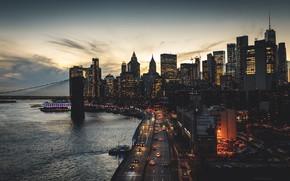 Картинка дорога, машины, город, улица, здания, небоскребы, вечер