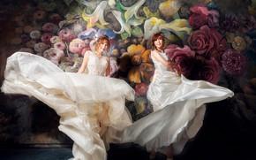 Обои девушки, роспись, дуэт, белые, платья, улыбка, движение, фон, темный фон, веселые, невесты, подол, две, азиатки, ...