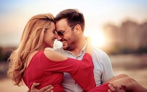 Картинка девушка, любовь, объятия, улыбки, влюбленная пара
