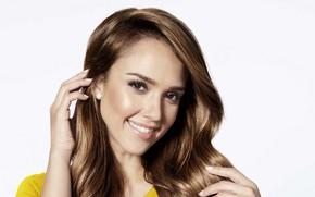Картинка взгляд, лицо, улыбка, модель, Jessica Alba, рука, портрет, актриса, Джессика Альба, hair