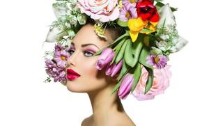 Картинка девушка, цветы, лицо, ресницы, лилии, портрет, розы, макияж, помада, губы, тушь, тюльпаны, белый фон, красивая, …