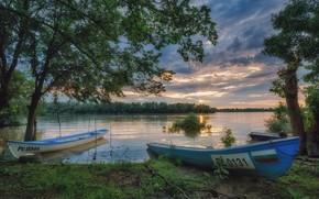 Картинка берег, лодки, водоем