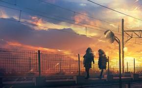 Картинка закат, столбы, провода, ограда, Япония, школьницы, на мосту, две девочки, вечернее небо, вечер в городе