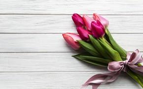 Картинка цветы, букет, лента, тюльпаны, wood, pink, flowers, tulips, purple, ribbon