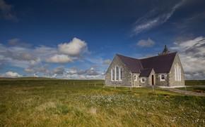 Картинка поле, лето, трава, облака, пейзаж, природа, дом, синева, забор, Шотландия, луг, простор, домик, особняк, каменный, …