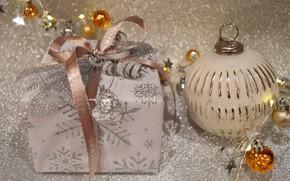Картинка шарики, сияние, праздник, коробка, подарок, блеск, шар, шарик, Рождество, лента, Новый год, бусы, позолота, бант, …