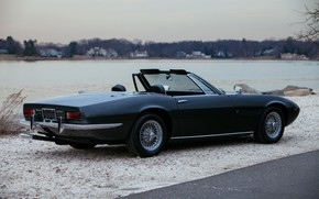 Картинка чёрный, Maserati, 1969, родстер, спайдер, боком, на берегу, Ghibli Spider