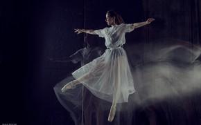 Картинка взгляд, девушка, поза, прыжок, балерина, Max Solve