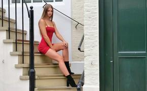 Картинка взгляд, секси, волосы, лестница, ступени, красотка, фигурка, платьице, красивые ножки, Soph