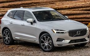 Картинка car, машина, лес, фары, Volvo, дрова, белая, white, диски, сбоку, кроссовер, красивая машина, XC60, Volvo …