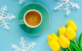 Обои зима, снежинки, фон, голубой, Новый Год, Рождество, чашка, тюльпаны, Christmas, yellow, blue, winter, background, cup, ...