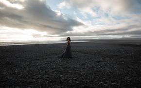 Картинка море, небо, взгляд, девушка, поза, фото, берег, платье, Густарев Максим
