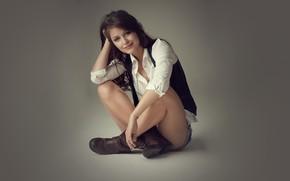 Картинка девушка, поза, улыбка, рубашка, Melissa Benoist