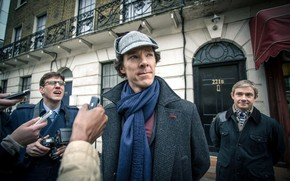 Картинка знаменитость, Мартин Фриман, Бенедикт Камбербэтч, Sherlock, Sherlock BBC, репортёры, Sherlock Holmes, Джон Ватсон, Sherlock (сериал)