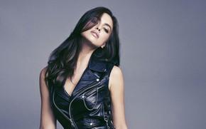 Картинка взгляд, девушка, секси, поза, модель, волосы, красотка, соблазн, Irina Shayk