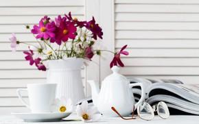 Картинка цветы, чай, очки, чашка, ваза, журналы