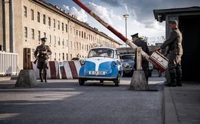Картинка BMW, 1964, Берлин, Изетта, microcar, Heading for freedoom in the BMW Isetta, автомобиль особо малого …