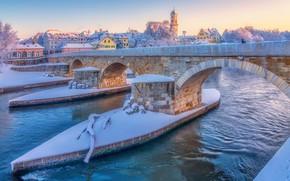 Картинка зима, снег, мост, река, Германия, Germany, Регенсбург, Regensburg, Stone Bridge, Danube River, Река Дунай, Каменный …