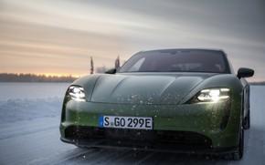 Картинка снег, Porsche, зелёный, перед, 2020, Taycan, Taycan 4S