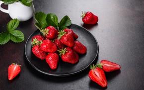 Картинка листья, ягоды, тарелка, клкбника