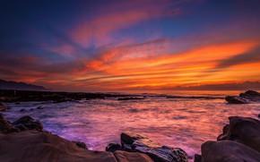Картинка море, небо, облака, закат, оранжевый, камни, скалы, сиреневый, берег, побережье, вечер, горизонт, прибой, ярко, яркие …