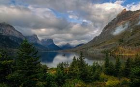 Картинка облака, горы, озеро, скалы, США, леса, национальный парк, заповедник, Glacier National Park, Глейшер, Скалистые горы, …