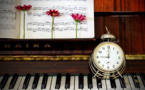 Картинка ноты, часы, пианино, герберы