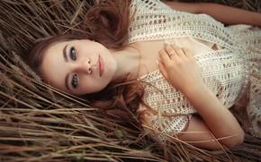 Картинка взгляд, Девушка, лежит, рыжая