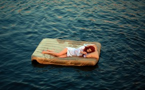 Обои море, девушка, ситуация