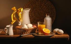 Картинка яйца, апельсины, сок, нож, посуда, кувшин, натюрморт, бант, апельсиновый сок