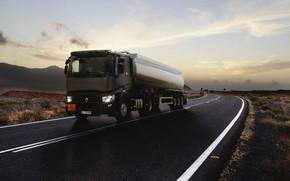 Картинка дорога, грузовик, Renault, коричневый, тягач, цистерна, 4x2, полуприцеп, Renault Trucks, T-series