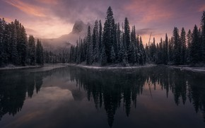 Картинка горы, озеро, ёлки