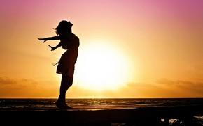 Картинка море, пляж, девушка, утро