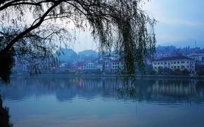 Картинка небо, деревья, пейзаж, горы, ветки, река, синева, дома, утро, Вьетнам, набережная, Lao Cai