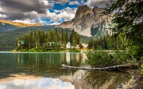 Картинка forest, Canada, sky, trees, nature, mountains, clouds, lake, landscapes, houses, shore, reflection, lodge, 4k uhd …