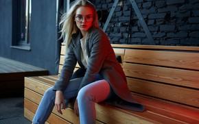 Картинка взгляд, девушка, поза, джинсы, очки, пальто, Александр Юрмашев