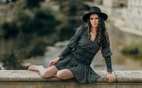 Картинка девушка, поза, шляпа, платье, локоны, парапет, Carina Cara, Andreas-Joachim Lins