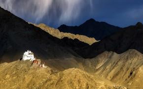 Картинка горы, Индия, монастырь, Намгьял Цемо Гомпа